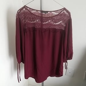 Burgundy lace blouse w tie sleeves